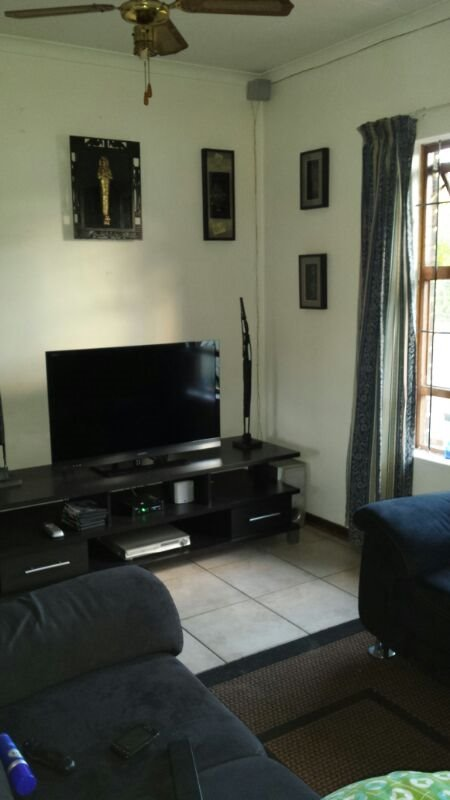 Birdswood property to rent. Ref No: 13464254. Picture no 5