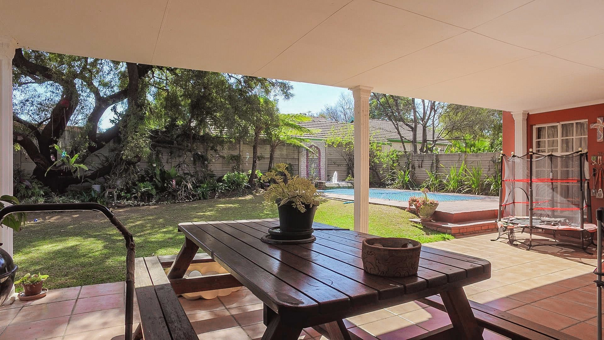 Doringkloof property for sale. Ref No: 13514170. Picture no 28