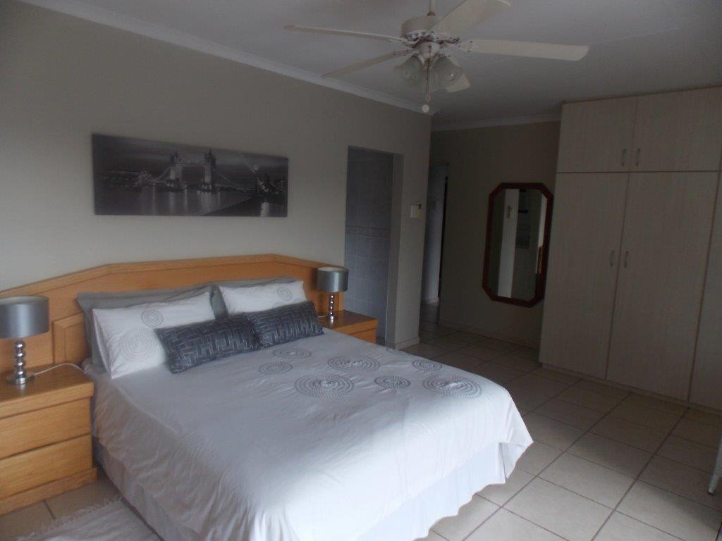 Amanzimtoti property for sale. Ref No: 13372994. Picture no 5