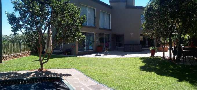 Property and Houses for sale in Florauna, Farms, 4 Bedrooms - ZAR 4,090,000
