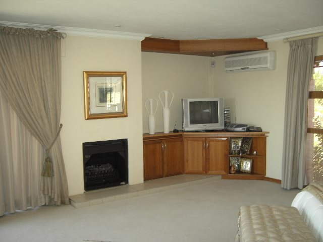 Centurion Golf Estate property to rent. Ref No: 13293365. Picture no 14