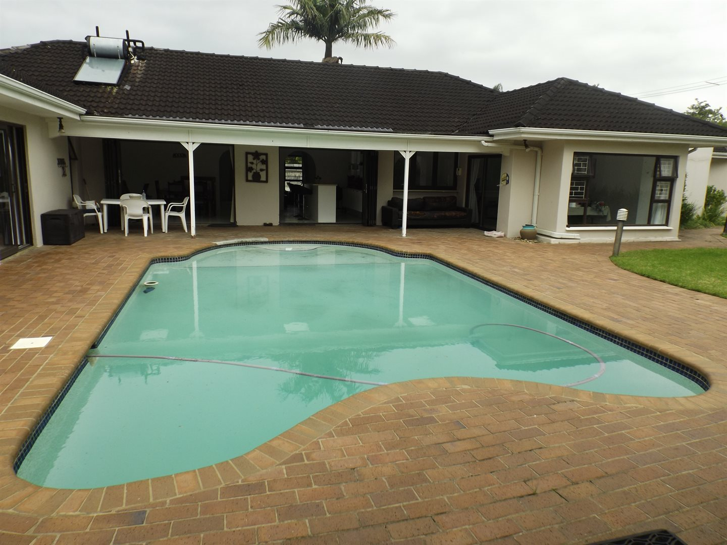 Nahoon Valley property for sale. Ref No: 13603956. Picture no 24
