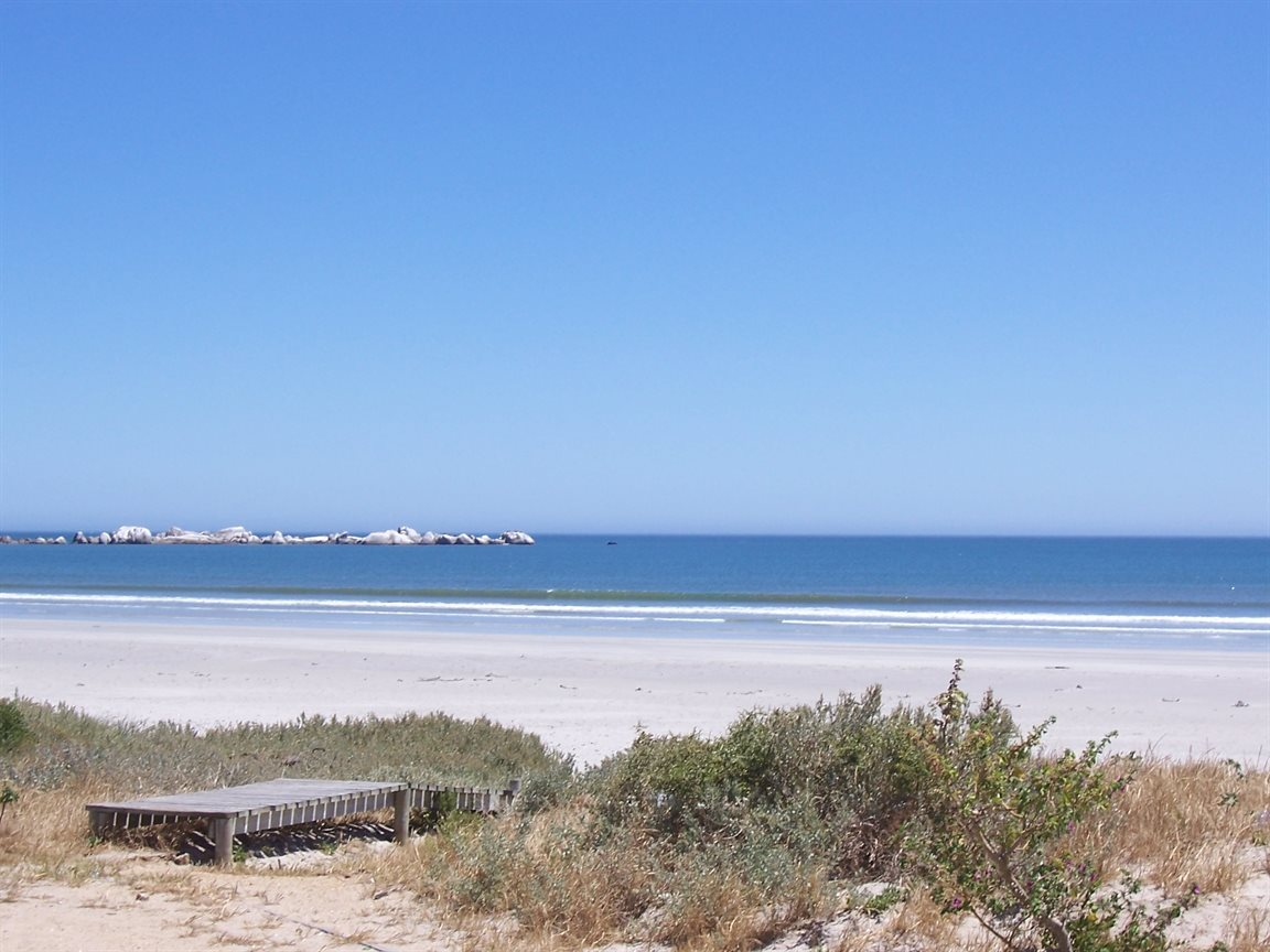 Paternoster property for sale. Ref No: 13400700. Picture no 5