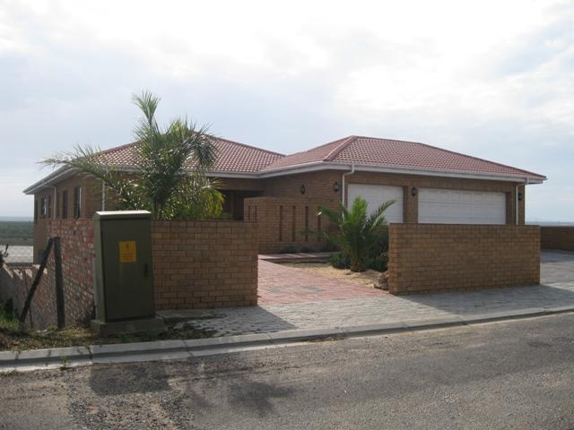 Lamberts Bay property for sale. Ref No: 13229959. Picture no 1