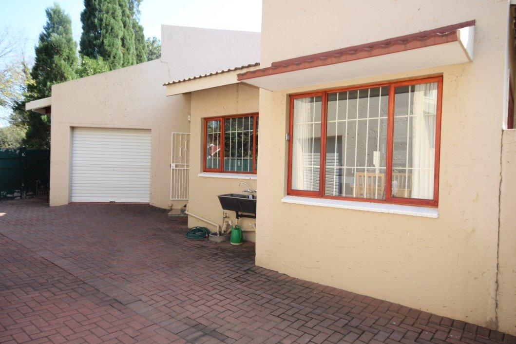 Three Rivers Proper property for sale. Ref No: 13338644. Picture no 28