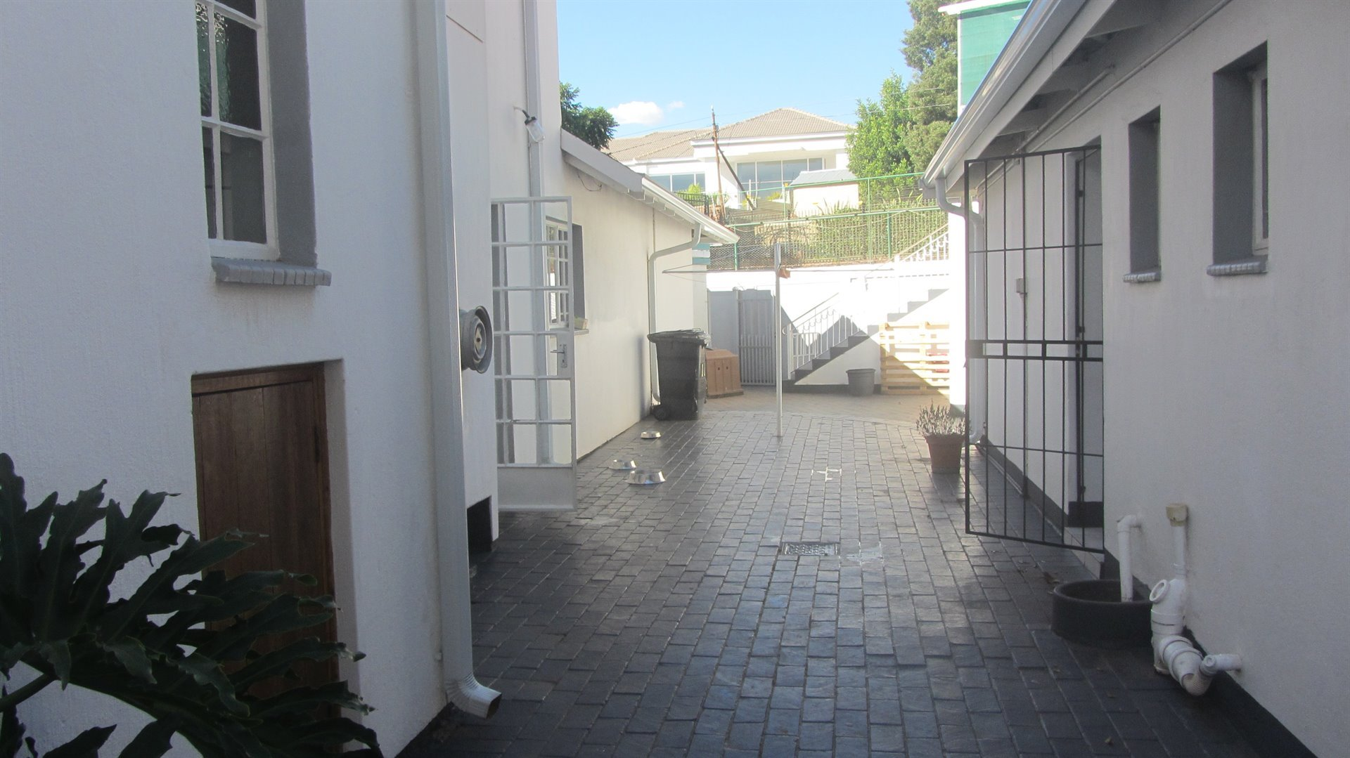 Waterkloof Heights property for sale. Ref No: 13484685. Picture no 23