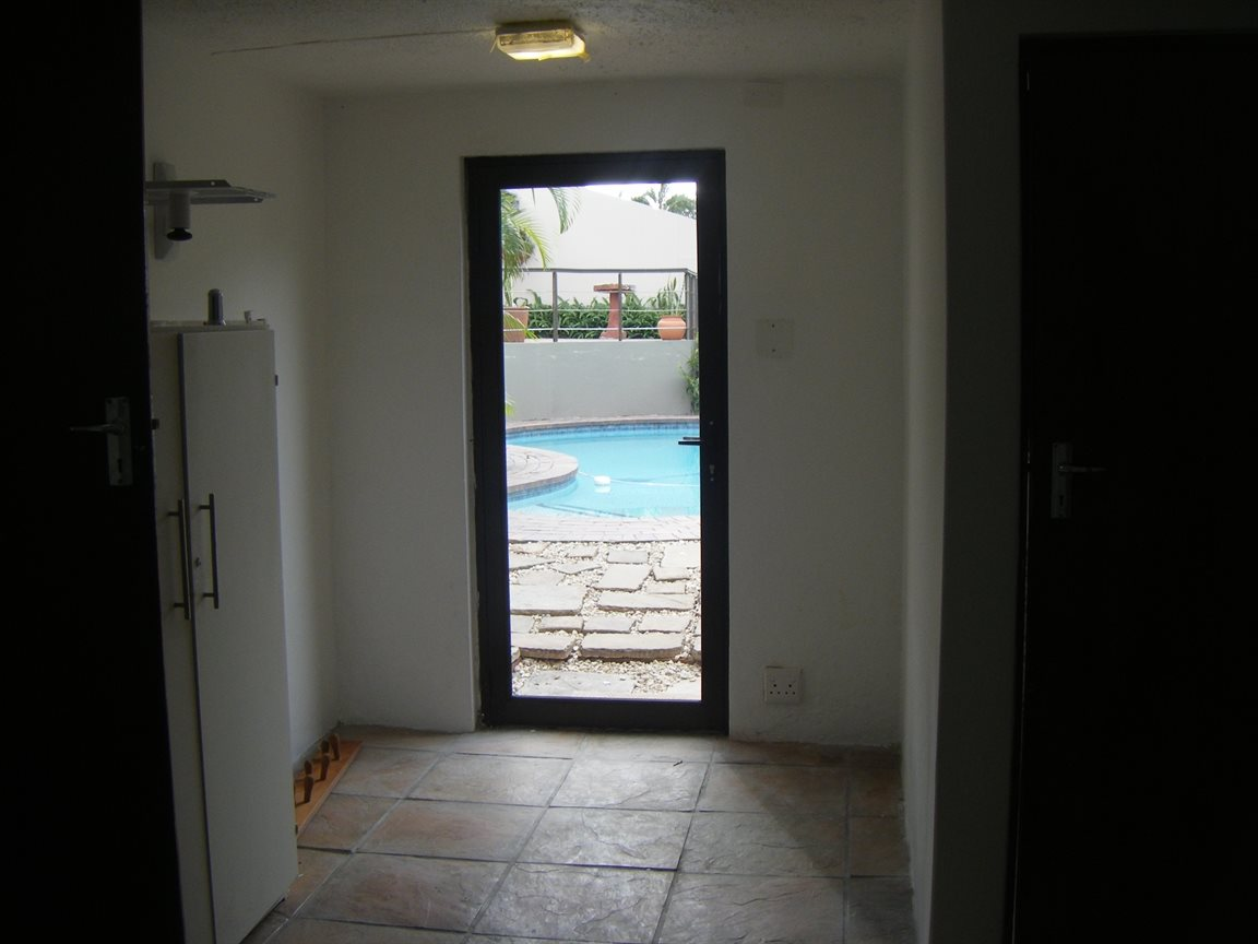 Beacon Bay property for sale. Ref No: 12799080. Picture no 37