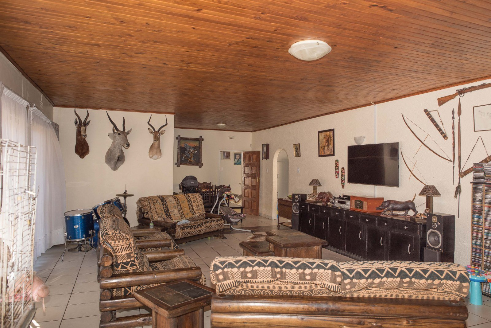 Kibler Park property for sale. Ref No: 13640953. Picture no 7