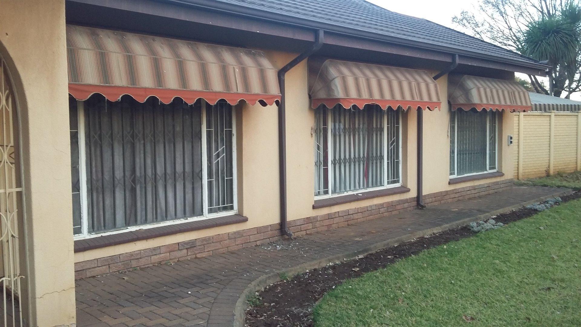 Vereeniging, Vereeniging Property  | Houses To Rent Vereeniging, Vereeniging, House 3 bedrooms property to rent Price:,  8,00*