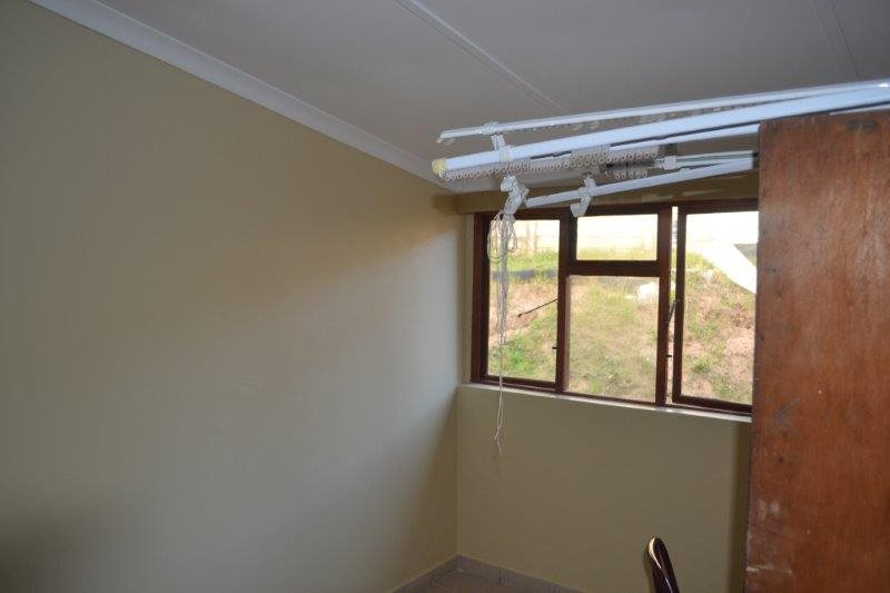 Uvongo property for sale. Ref No: 13229892. Picture no 15