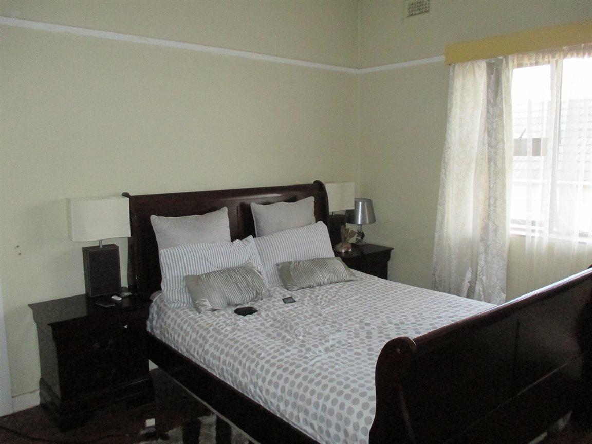 Property for Sale by DLC INC. ATTORNEYS Ernest De La Querra, Apartment, 1 Bedrooms - ZAR 398,000