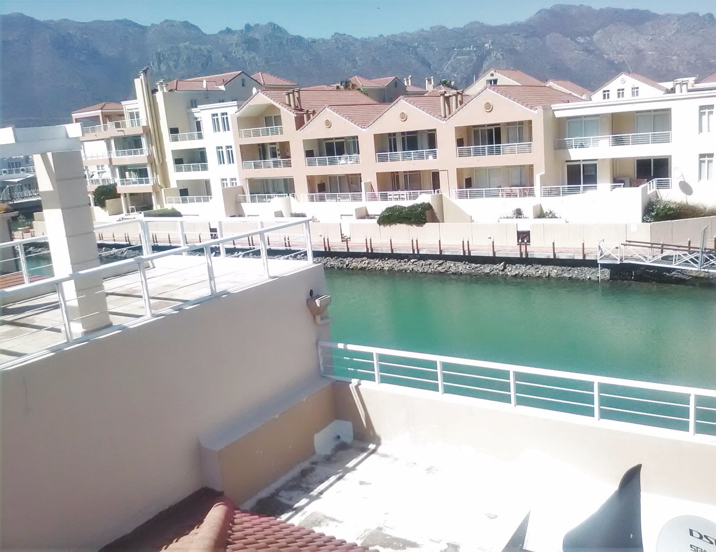 Harbour Island property to rent. Ref No: 13554085. Picture no 34
