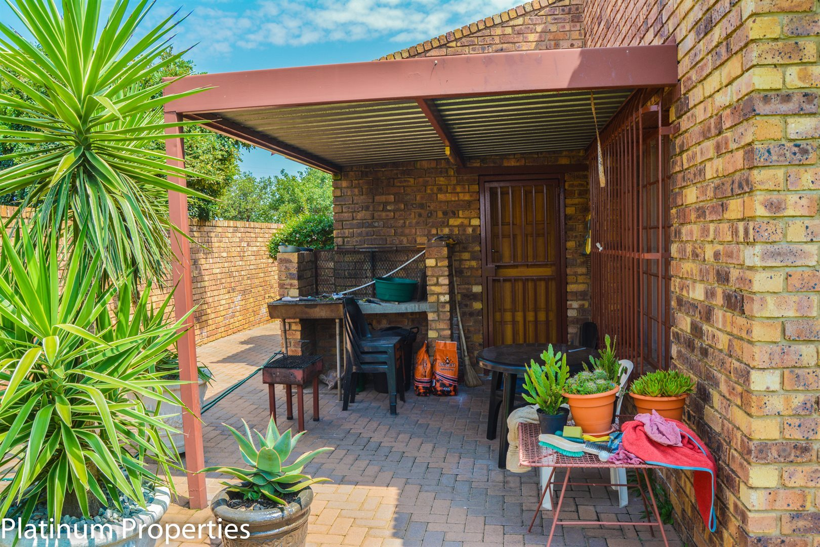 Riversdale property for sale. Ref No: 12734707. Picture no 17