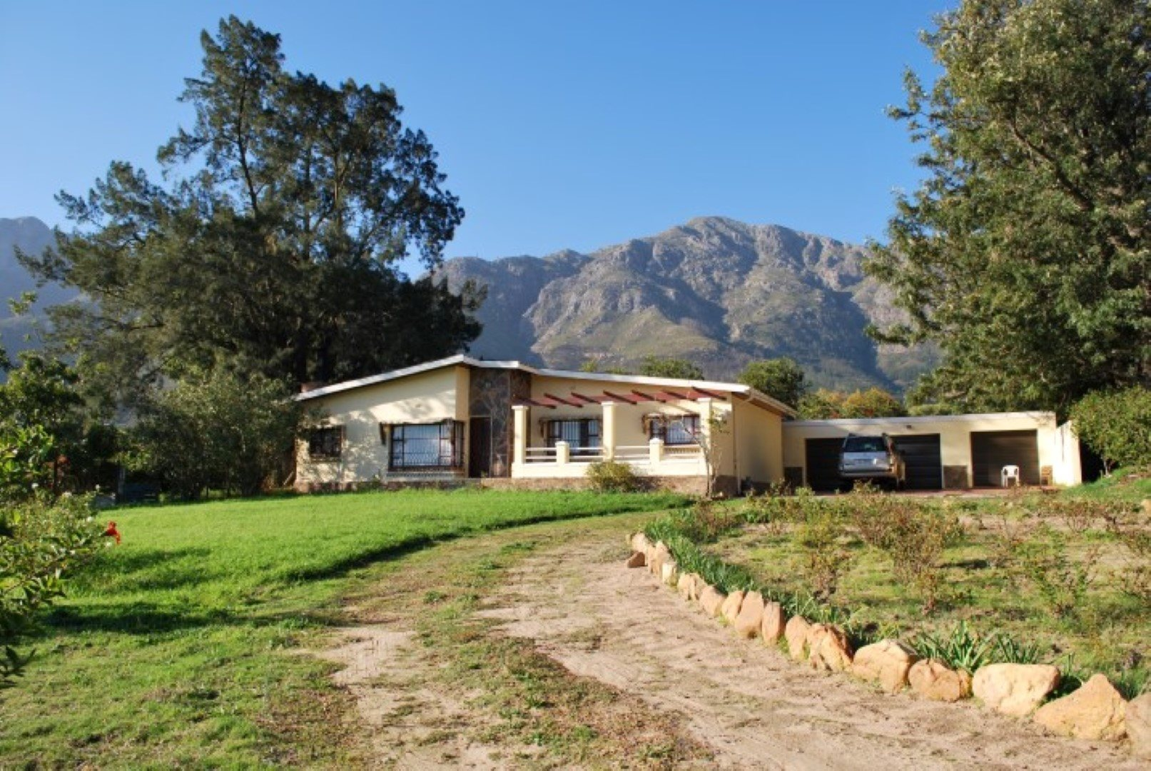Franschhoek property for sale. Ref No: 13623511. Picture no 1
