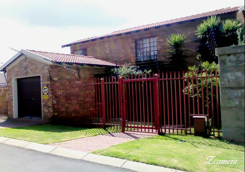 Randburg, Albertville Property  | Houses For Sale Albertville, Albertville, House 3 bedrooms property for sale Price:1,550,000