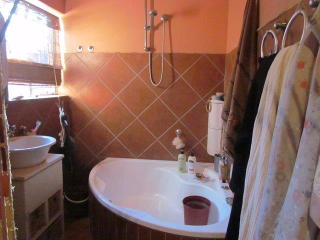 Elarduspark property for sale. Ref No: 13531289. Picture no 21