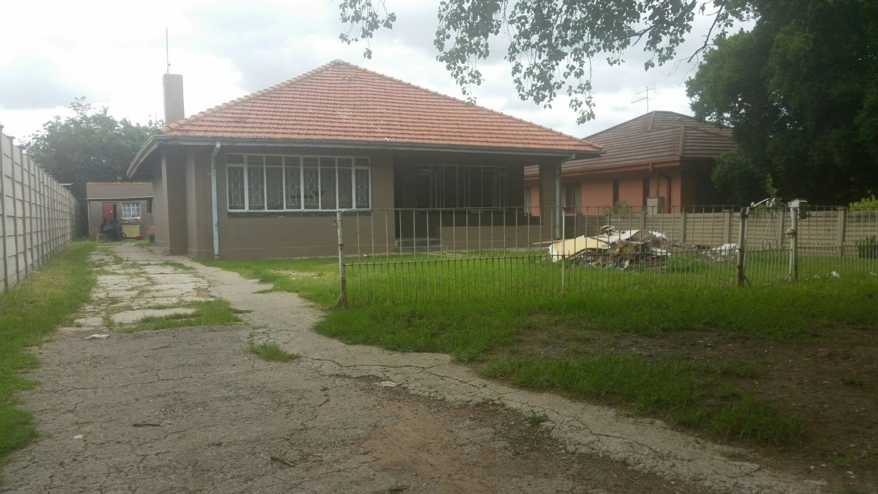 Vereeniging property for sale. Ref No: 13429641. Picture no 2