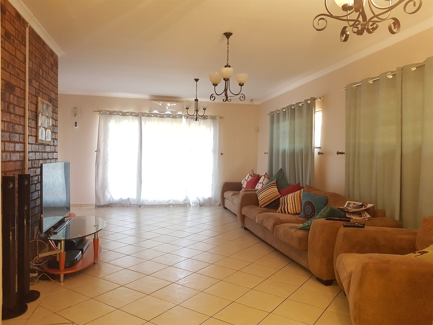 Meer En See property to rent. Ref No: 13516327. Picture no 10