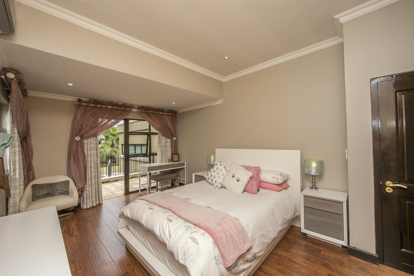 Fernbrook Estate property for sale. Ref No: 13439619. Picture no 14