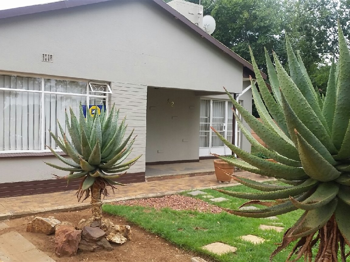 Sasolburg, Roodia Property  | Houses For Sale Roodia, Roodia, House 3 bedrooms property for sale Price:1,250,000
