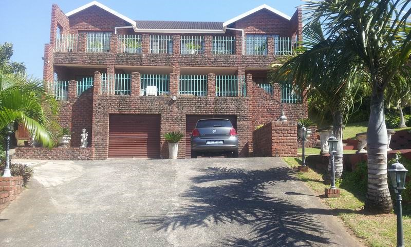 Uvongo property for sale. Ref No: 12733435. Picture no 1