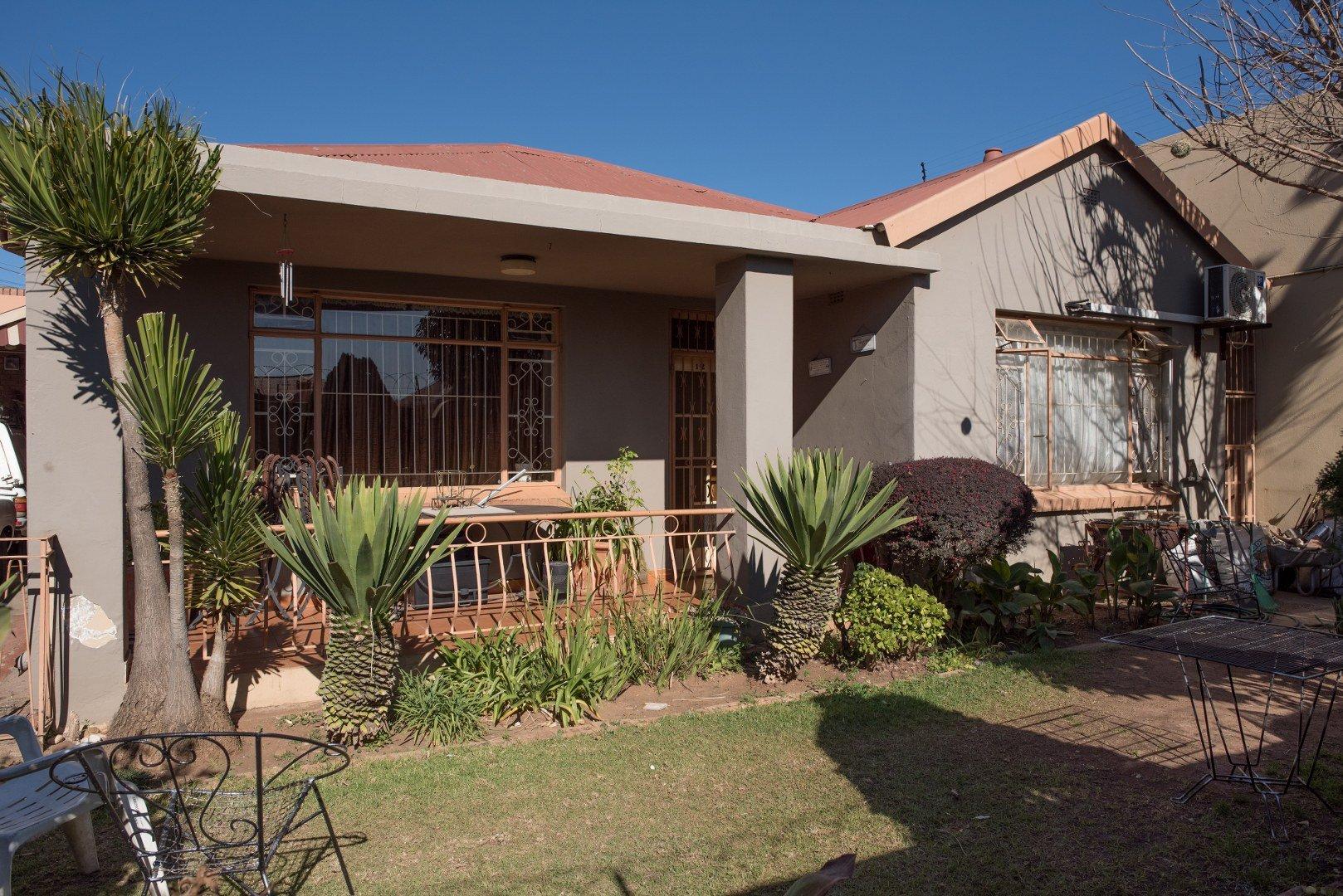 Johannesburg, Regents Park Property  | Houses For Sale Regents Park, Regents Park, House 3 bedrooms property for sale Price:980,000