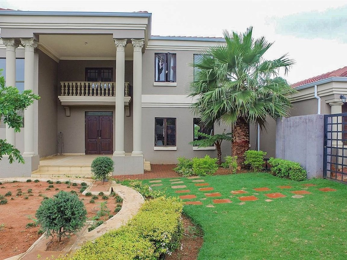 Property Centurion : Houses For Sale Centurion (All), Irene Glen Estate, House 5 bedrooms property for sale Price:POA