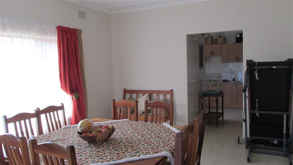 Southbroom property for sale. Ref No: 12766346. Picture no 10