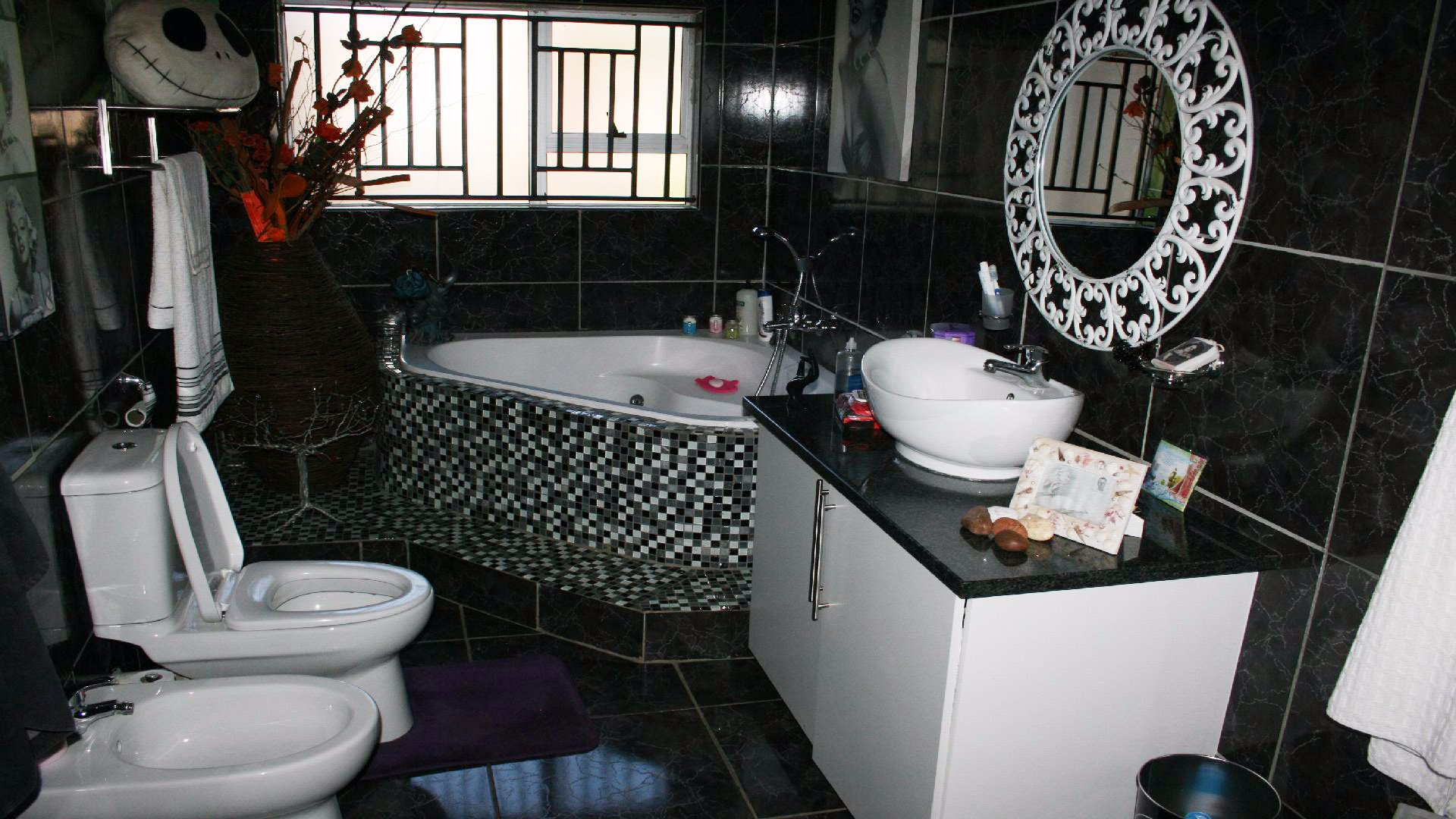 Greenhills property for sale. Ref No: 13553315. Picture no 14