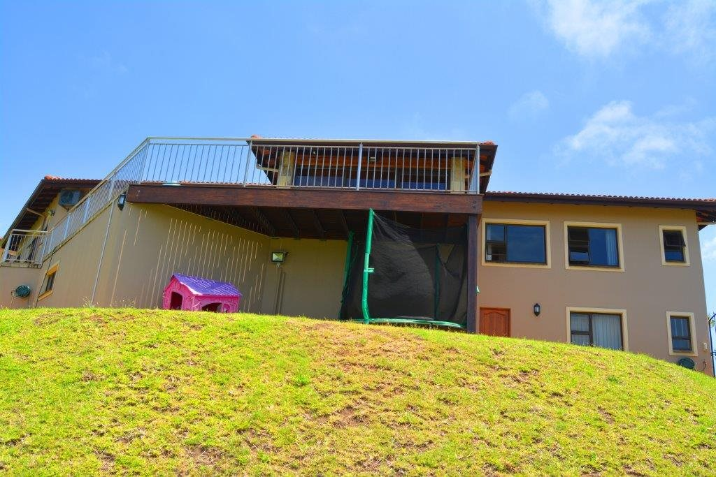 Shelly Beach property for sale. Ref No: 13284586. Picture no 2