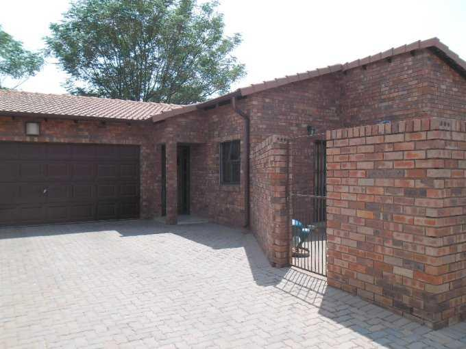 Pretoria, Akasia Property  | Houses For Sale Akasia, Akasia, Apartment 3 bedrooms property for sale Price:990,000