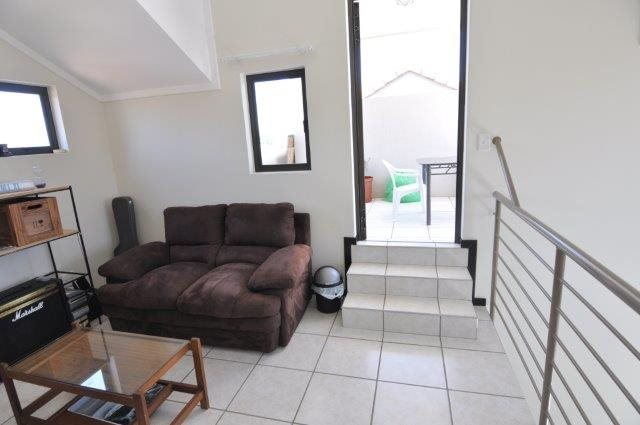 Douglasdale property to rent. Ref No: 13553031. Picture no 8