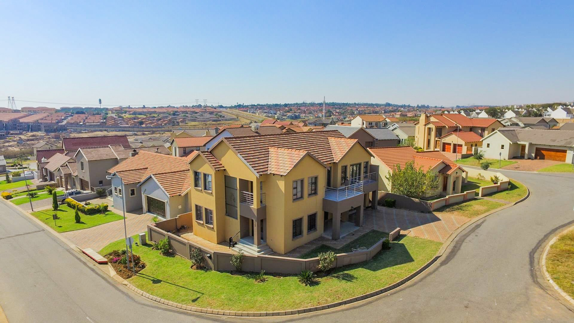 Centurion, Summerfields Estate Property  | Houses For Sale Summerfields Estate, Summerfields Estate, House 4 bedrooms property for sale Price:2,180,000