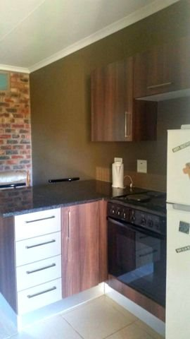Mooivallei Park property for sale. Ref No: 13394146. Picture no 3