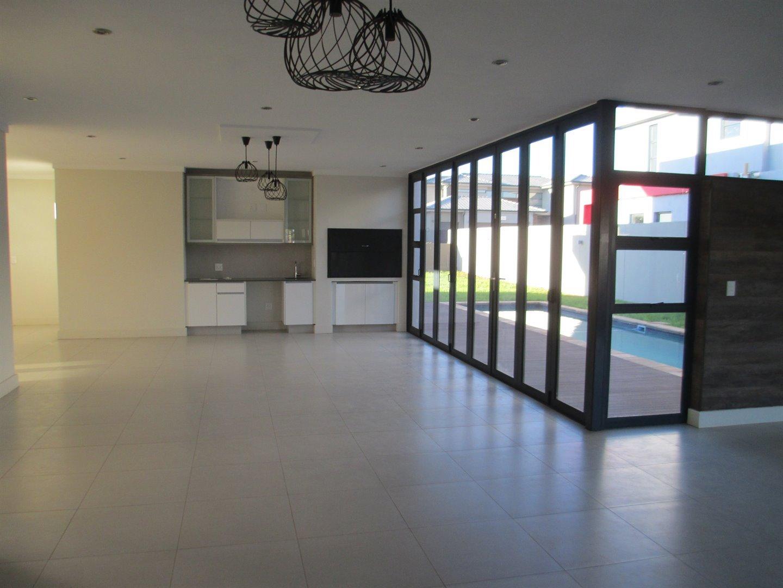 Midstream Ridge Estate property for sale. Ref No: 13479529. Picture no 5
