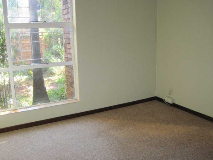 Theresapark property for sale. Ref No: 13506744. Picture no 10