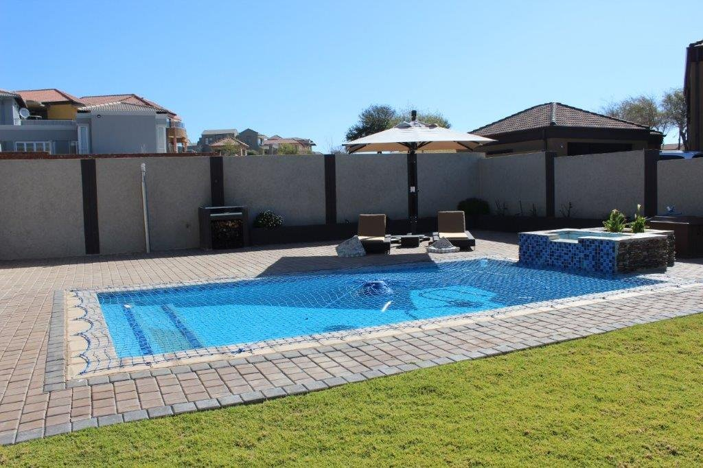 Blue Valley Golf Estate property for sale. Ref No: 13371077. Picture no 29