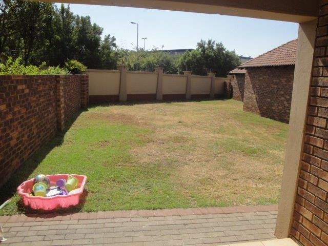 Centurion, Eco Park Estate Property  | Houses For Sale Eco Park Estate, Eco Park Estate, Townhouse 2 bedrooms property for sale Price:780,000