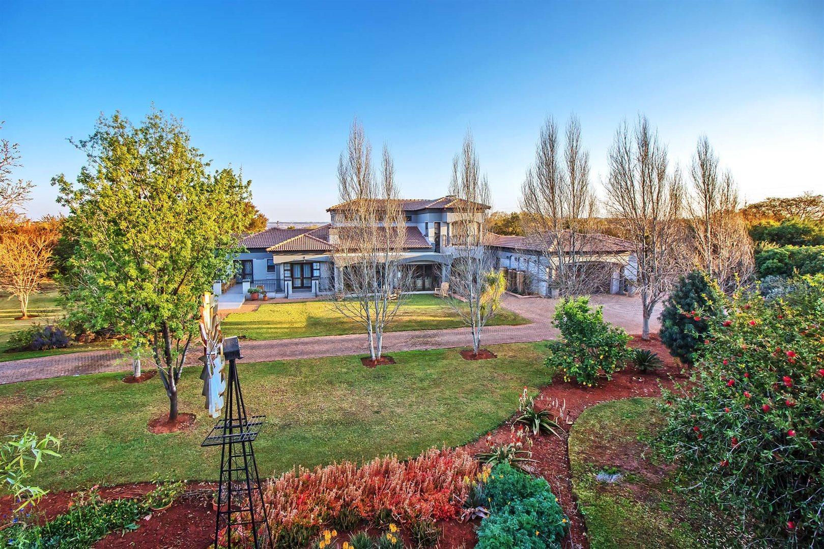 Pretoria, Zwavelpoort Property  | Houses For Sale Zwavelpoort, Zwavelpoort, House 4 bedrooms property for sale Price:4,900,000