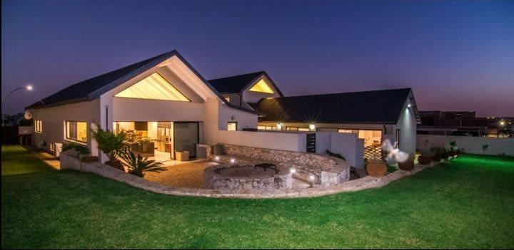 Midstream Hill Estate property for sale. Ref No: 13589099. Picture no 10