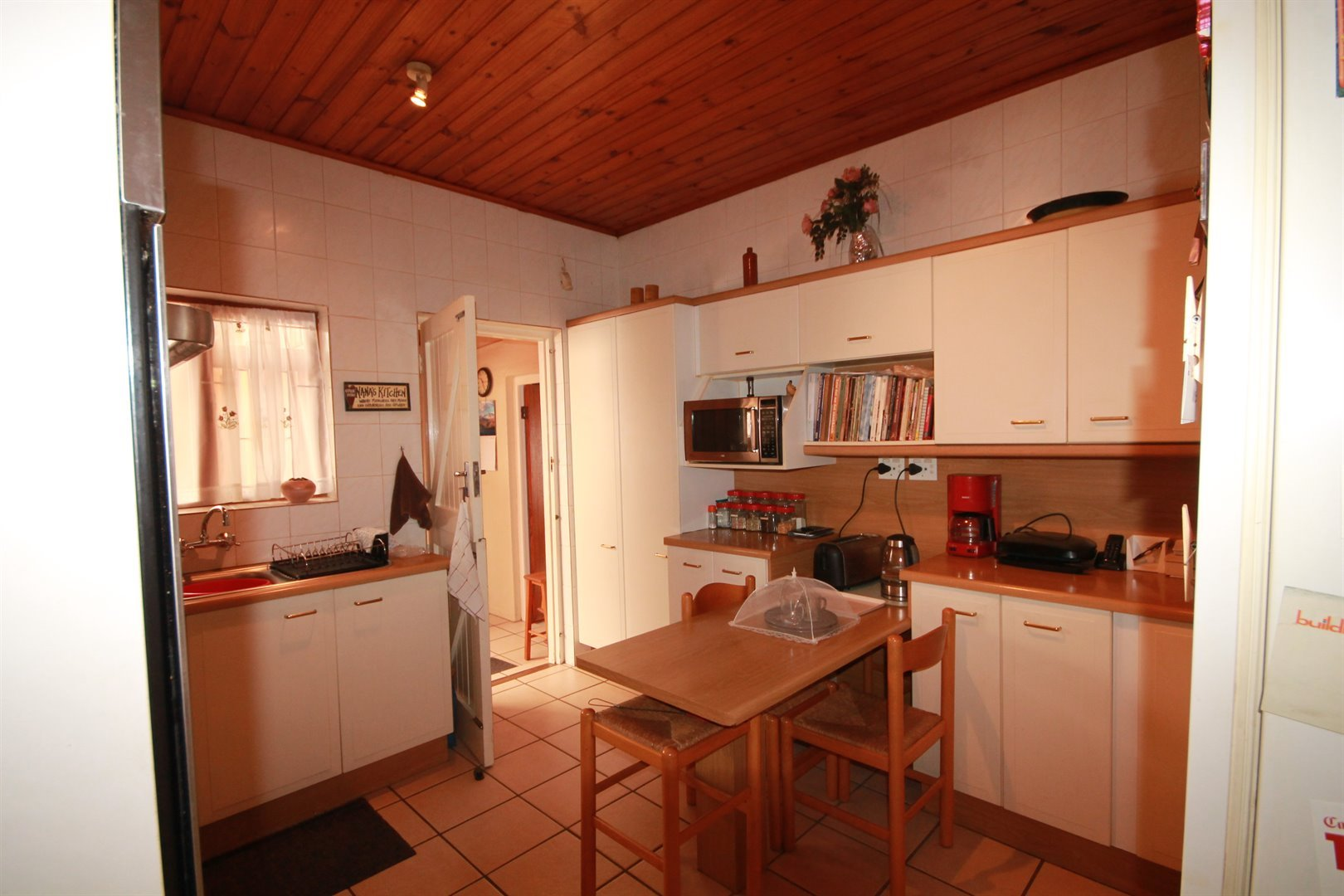 Pinelands property for sale. Ref No: 13463493. Picture no 9