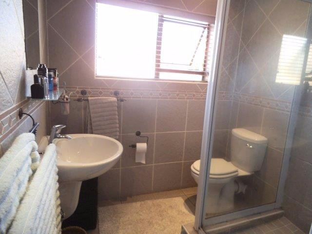 Meyersdal property for sale. Ref No: 13544142. Picture no 9