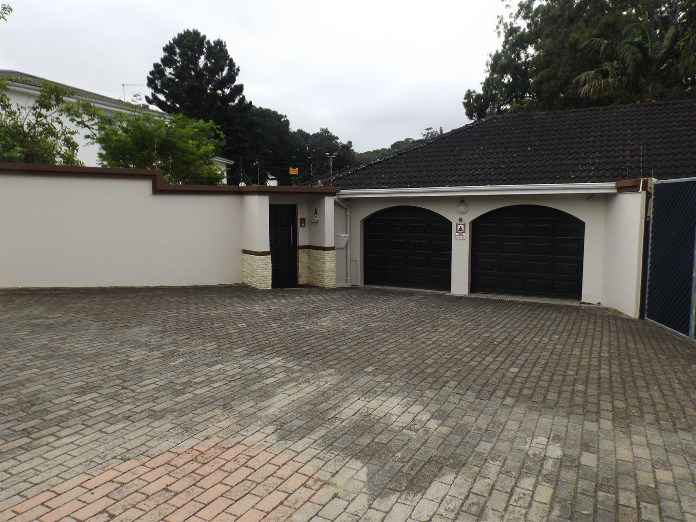 Property for Sale by DLC INC. ATTORNEYS Teresa De La Querra, House, 4 Bedrooms - ZAR 3,700,000