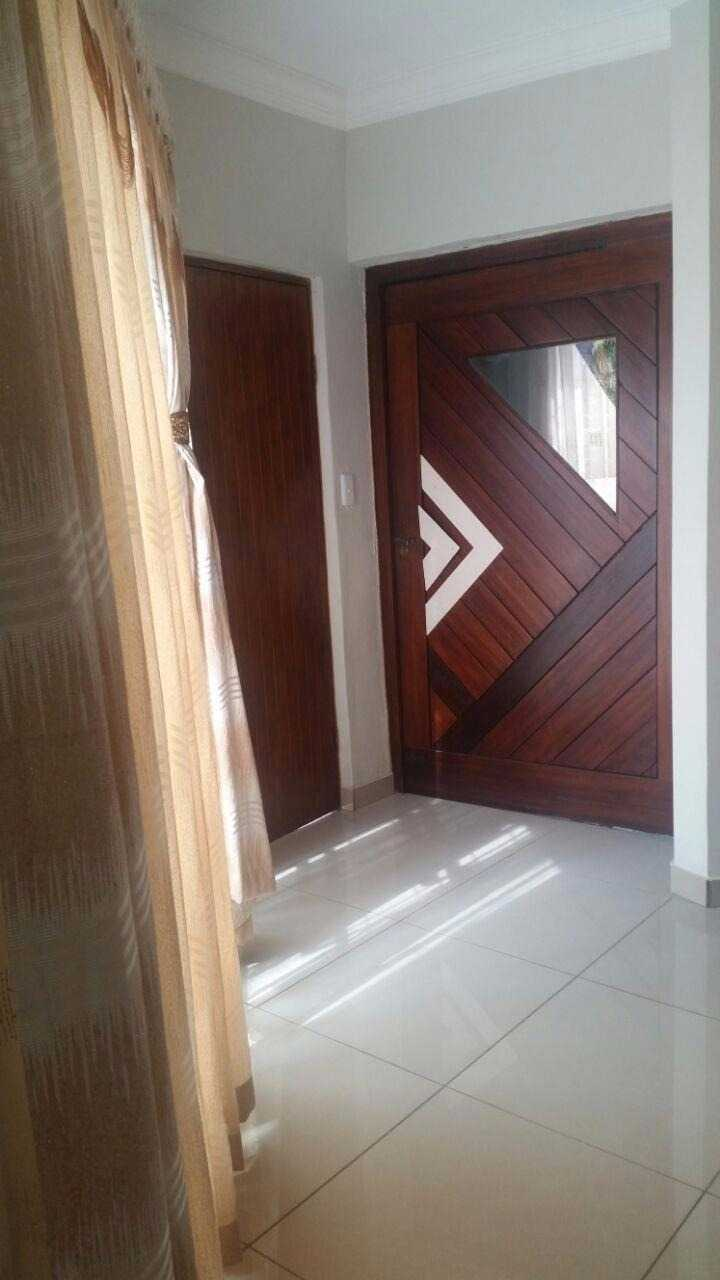 Theresapark property for sale. Ref No: 13567189. Picture no 4