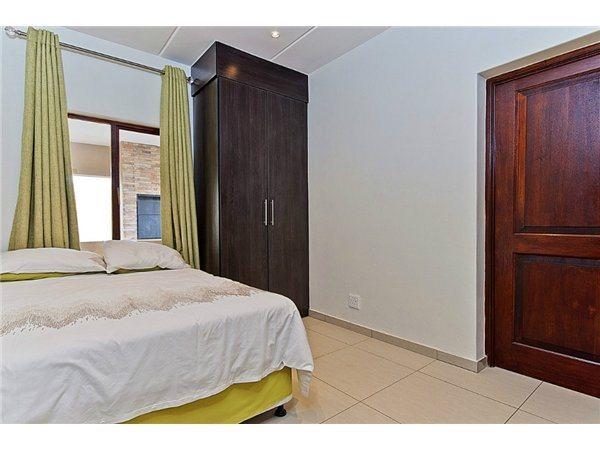 Midrand property for sale. Ref No: 13532319. Picture no 6