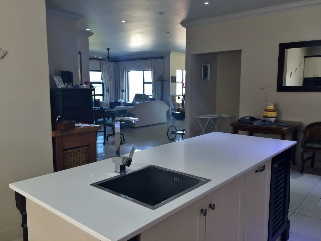 Shelly Beach property for sale. Ref No: 13364459. Picture no 12