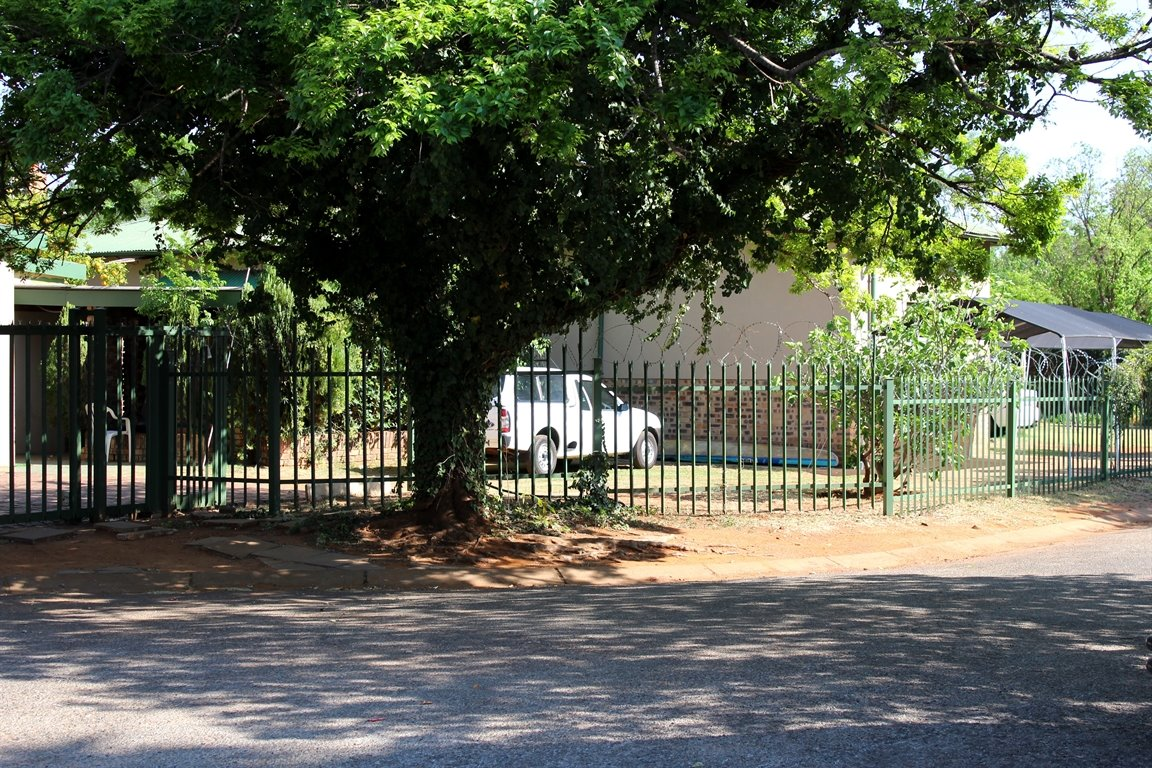Potchefstroom Central property for sale. Ref No: 13397010. Picture no 3