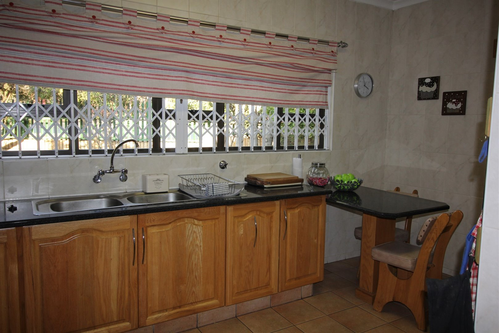 Three Rivers East property for sale. Ref No: 13506082. Picture no 6