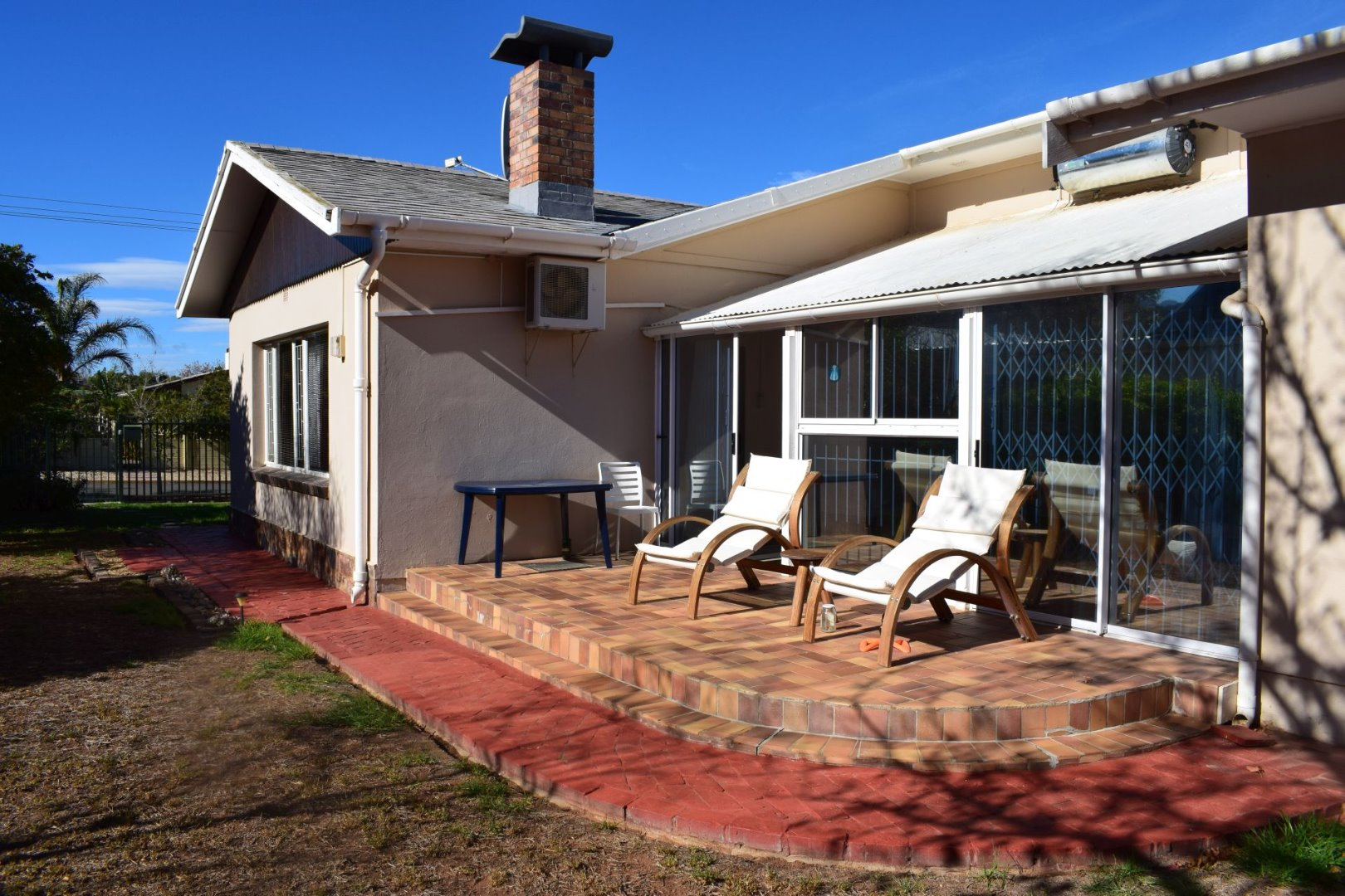 Property and Houses for sale in Van Riebeeck Park, House, 4 Bedrooms - ZAR 1,680,000