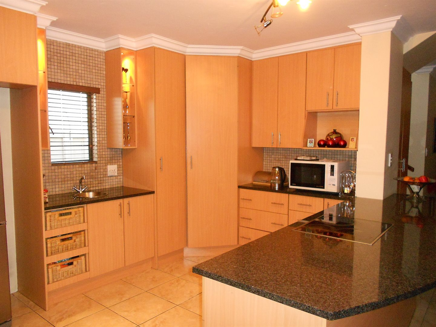 Valley View Estate property for sale. Ref No: 13543332. Picture no 3
